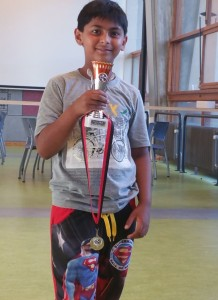 Op 11 September jl. won Shrey de Grand prix van het Verenigd Amsterdamsch Schaakgenootschap (V.A.S.). Zijn eindscore was een indrukwekkende 7 uit 7! Bravo Shrey!